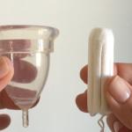 Femmecup onesize-kopp och en plustampong