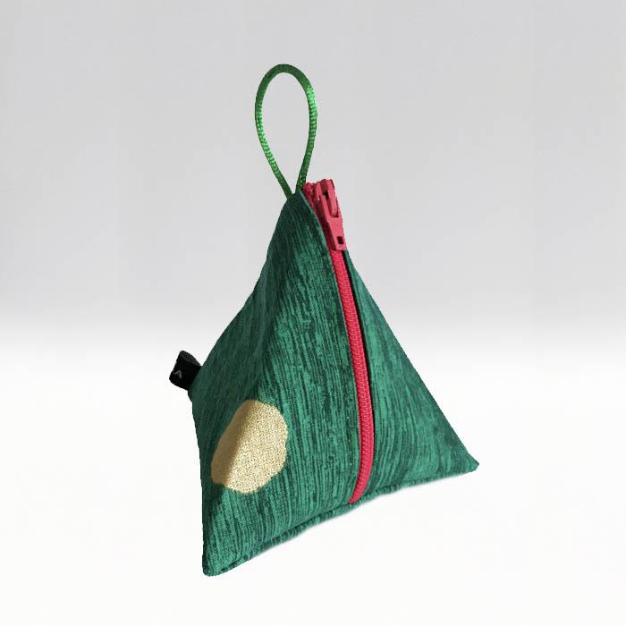 Tetra Guldprick på grön botten –menskoppen.se