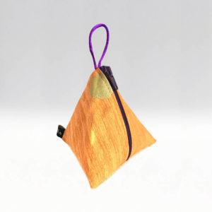 Tetra Guldprick på orange botten –menskoppen.se