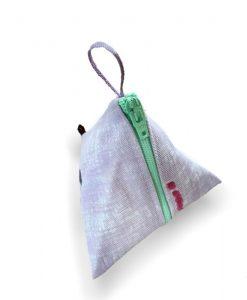 Tetra –Vita prickar på tegelröd botten - menskoppen.se